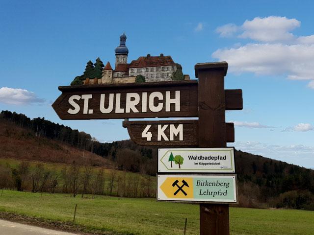 Wegweiser nach St. Ulrich